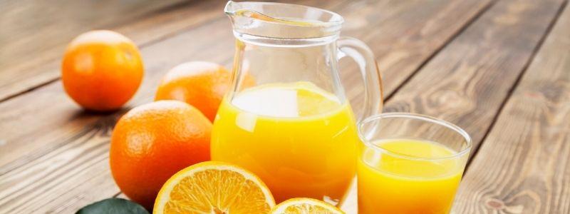 different kinds of popular oranges for juicing
